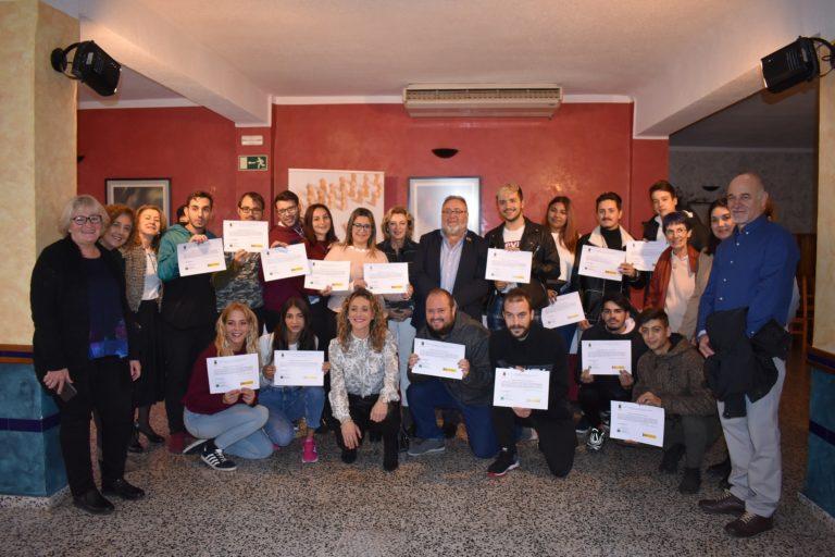 Los 15 jóvenes de la Escuela-Taller Jabalcuza reciben sus diplomas tras un año de formación
